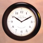 """What time is """"Il est huit heures demie"""" in English?"""