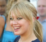 Hilary won a award for Mostly Positive Actress after her 1st movie Casper Meets Wendy