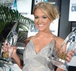 Did Carrie Underwood win any awards off her first album?