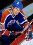 What famous player played for the Edmonton Oilers and wore number 99?