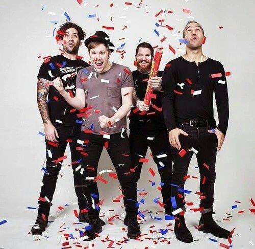 Fall out boy quizzes how well do you know fall out boy music sciox Choice Image