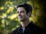 What is the Full name of the Actor who plays Barry Allen?