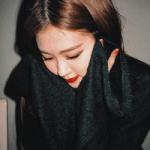 Rose, the world's prettiest singer