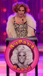 What shape were Detox's earrings in the RuPaul Roast?